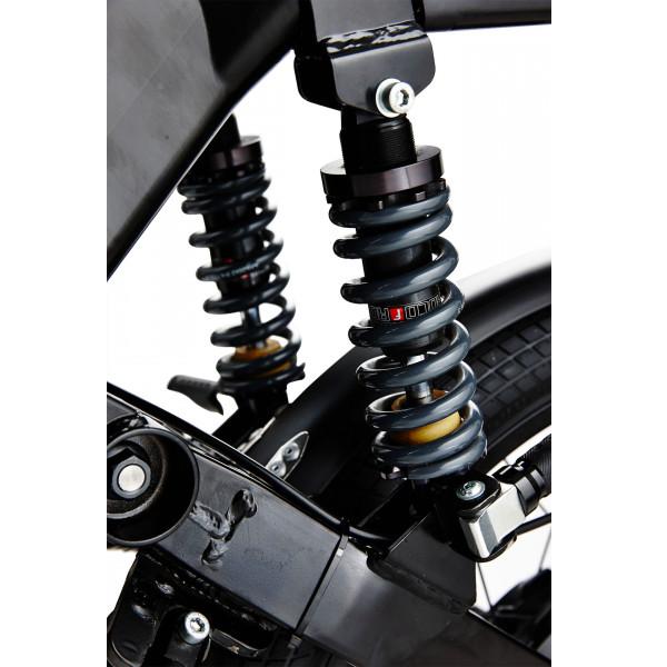 Die Federung eines E-Motorrads, welches im Rahmen des E-Mobilität Angebots des Fahrzeughaus Müller präsentiert wird
