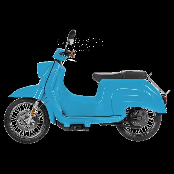 Seitenansicht einer lichtblauen E-Schwalbe, ein E-Roller im Angebot des Fahrzeughaus Müller, Ihr Partner für E-Mobilität in Südthüringen
