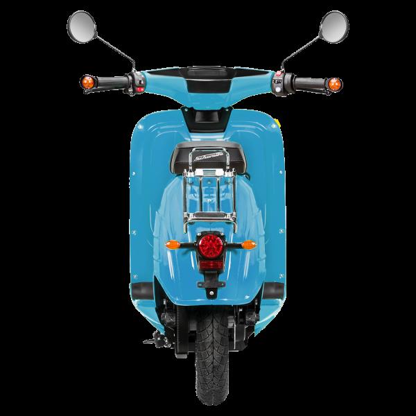 Rückansicht einer lichtblauen E-Schwalbe, ein E-Roller im Angebot des Fahrzeughaus Müller, Ihr Partner für E-Mobilität in Südthüringen